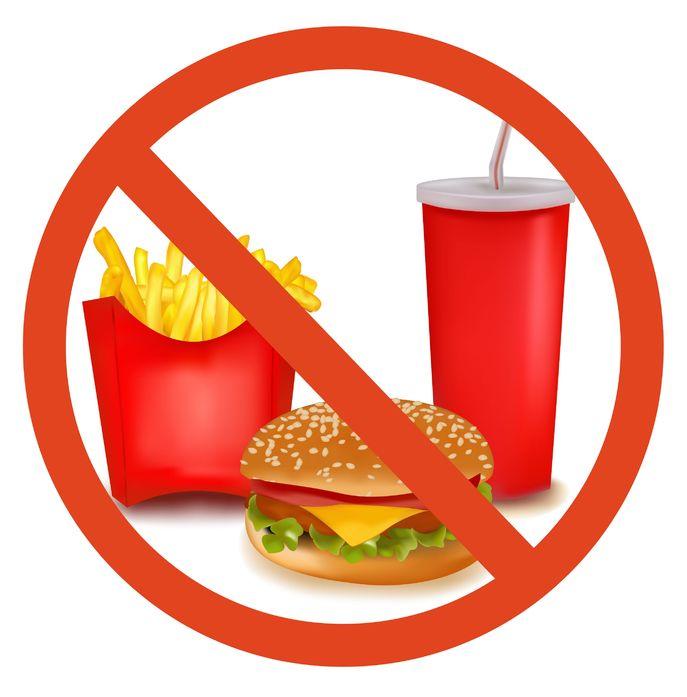استفاده از این مواد غذایی در سفر ممنوع!