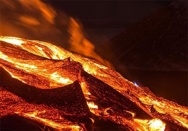 داخل یک آتشفشان ۶۵۰۰ ساله را ببینید