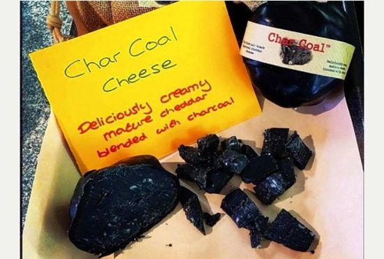پنیر زغالی عجیبترین پنیر دنیا + عکس