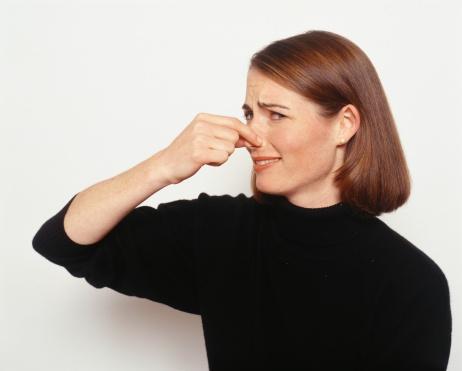 چه کنیم تا در تابستان بوی بد عرق نگیریم؟