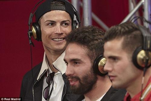 کریس رونالدو فوتبالیست مشهور خواننده شد +عکس