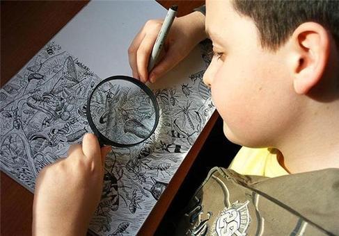 پسر 11 ساله نابغه طراحی +تصاویر