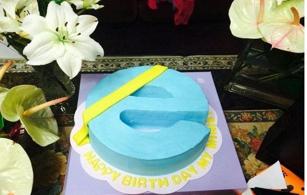 276 کیک تولد وزیر ارتباطات +عکس