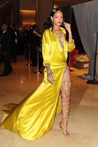 بهترین لباس های Rihanna در سال 2014