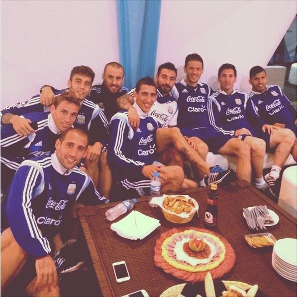عکس مسی قبل از بازی با ایران