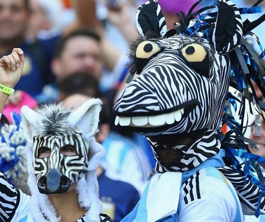 تیپ جالب و دیدنی هواداران جام جهانی 2014