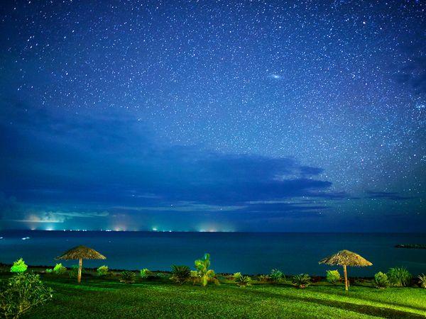 تصاویر فوق العاده زیبا از آسمان در شب