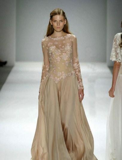 مدل زیبا و جدید از لباس مجلسی برند دانتل