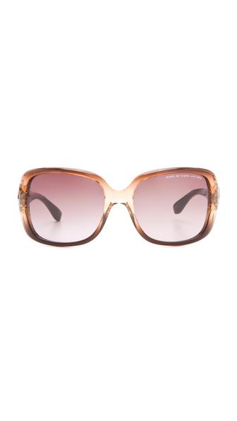 متنوع ترین مدل عینک آفتابی زنانه برند معروف