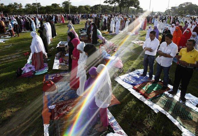 نماز عید فطر در کشورهای مختلف /تصاویر