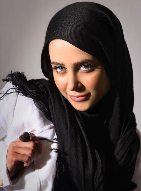 زندگینامه الناز حبیبی + عکس