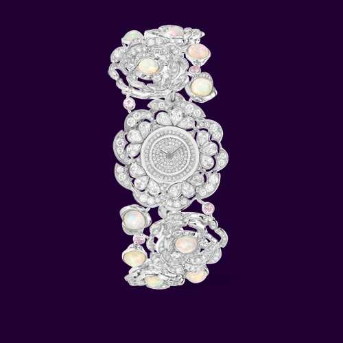 مدل جدید از ساعت های مجلسی طرح الماس