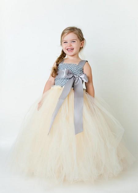 مجلسی ترین مدل لباس توری بچگانه