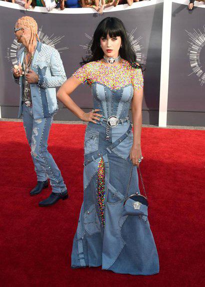 مدل های جالب از لباس بازیگران هالیوودی