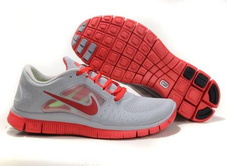 مدل های رنگارنگ از کفش اسپرت پسرانه پاییزی