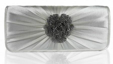 مدل کیف های سفید رنگ ویژه عروس