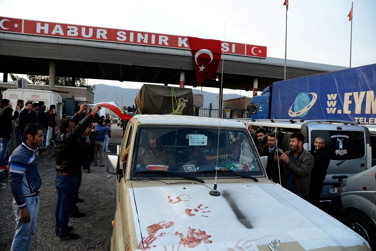 نیروهای پیشمرگه به ترکیه رسیدند + عکس