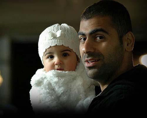 مازیار زارع به همراه دخترش در عزاداری +عکس
