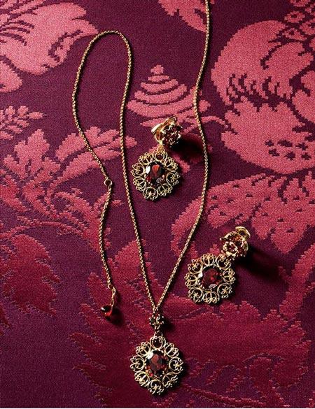 زیورآلات جذاب از برند  Dolce & Gabbana