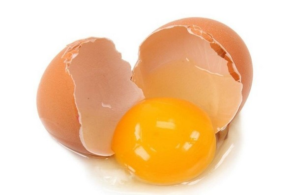 خاصیت زرده تخم مرغ در بهبود بینایی