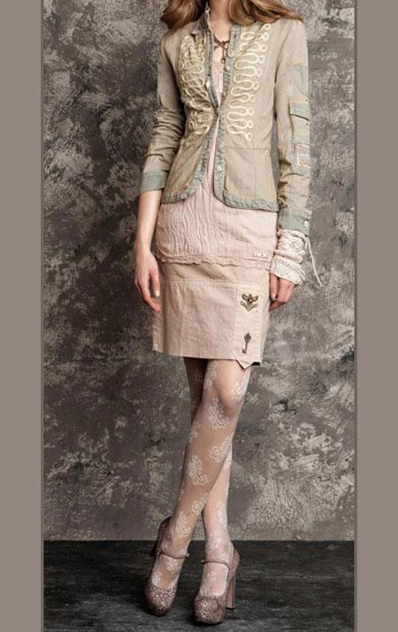 لباس پاییزی و زمستانی 12 لباس جذاب زمستانی دخترانه اسپرت برند Daniela Dallavalle
