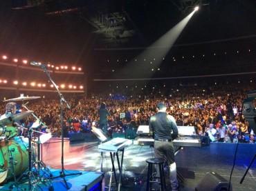 کنسرت محسن یگانه در آمریکا به یاد مرتضی پاشایی +عکس