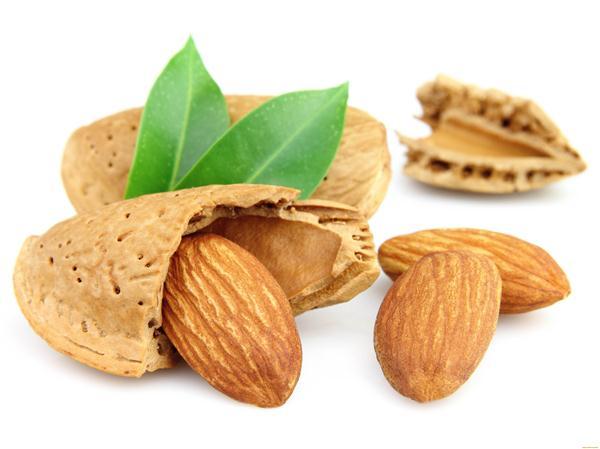 از بین بردن چربی شکم با مصرف بادام!