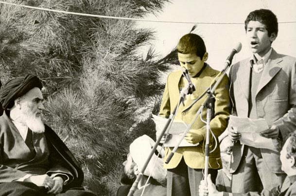 محمد اصفهانی در کنار امام خمینی + عکس