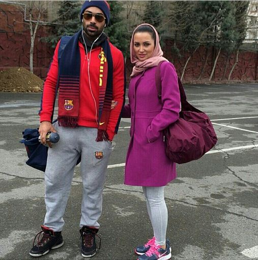 000830 تیپ ورزشی روناک یونسی و همسرش / عکس