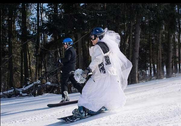 عروسی در پیست اسکی + تصاویر