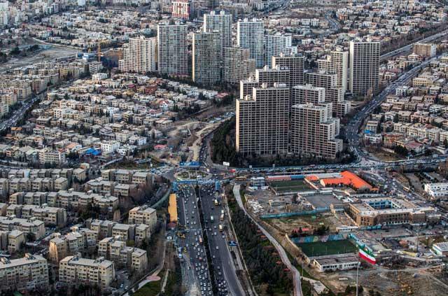 7315962 1 تصاویری از منازل تهرانی ها از نمای بالا