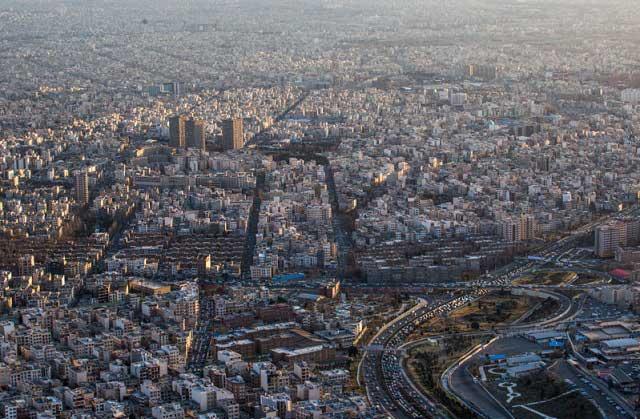 7315962 9 تصاویری از منازل تهرانی ها از نمای بالا
