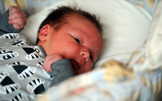 تولد نوزادی عجیب درانگلستان +عکس