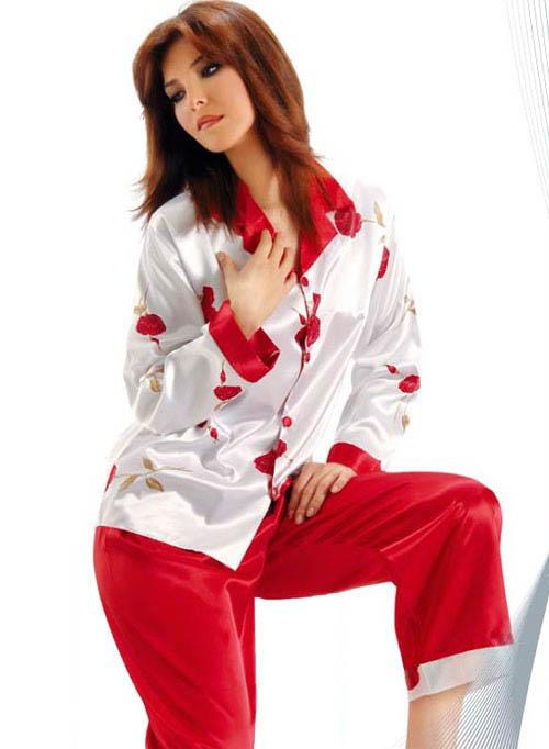 مدل لباس خواب زنانه ساتن