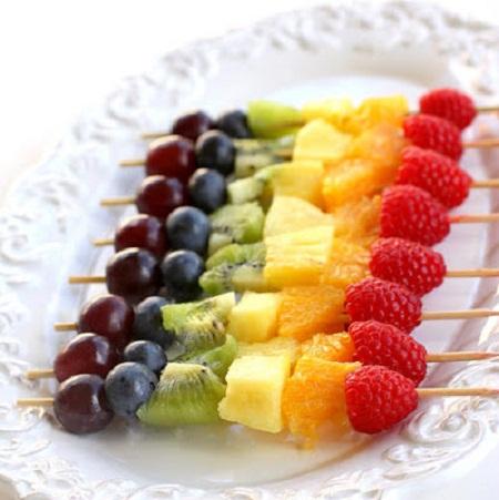 تزیین میوه با سیخ چوبی+عکس