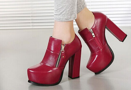مدل کفش زنانه همراه با نیم بوت