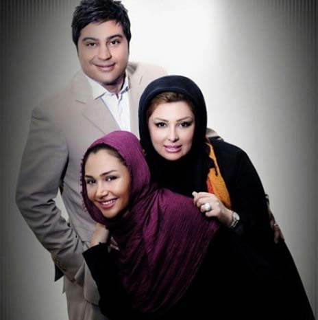 نیوشا ضیغمی در کنار همسر و خواهرش روشا / عکس