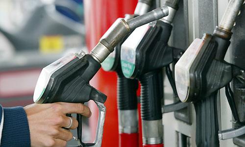 این خودروها در فروردین ماه سهمیه بنزین ندارند!