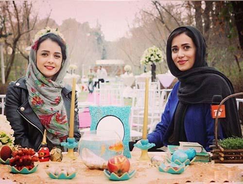 ترانه علیدوستی و پریناز ایزدیار کنار سفره هفت سین / عکس