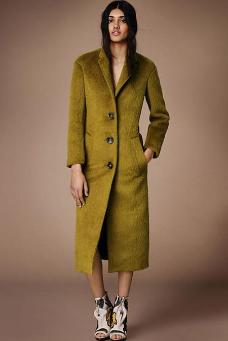 مدل زیبا از پالتو بلند زنانه