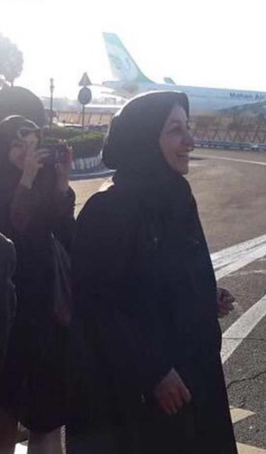 همسر محمد جواد ظریف در فرودگاه / عکس