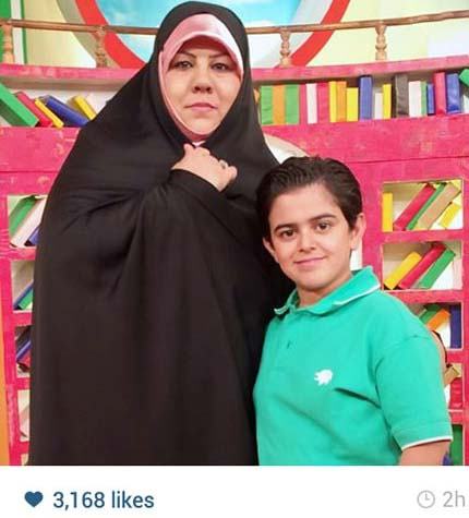 امیر محمد در کنار مادرش / عکس