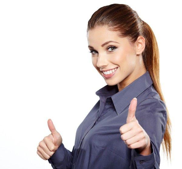 ۲۰ خصوصیت خانم های شاد
