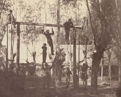 آموزش نظامی در دوره قاجار / عکس