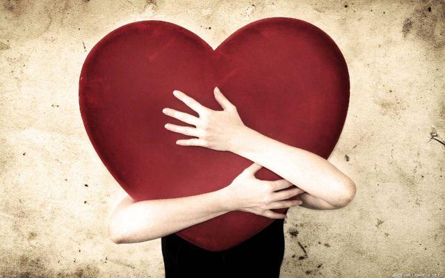 ابراز عشق بدون استفاده از کلمات