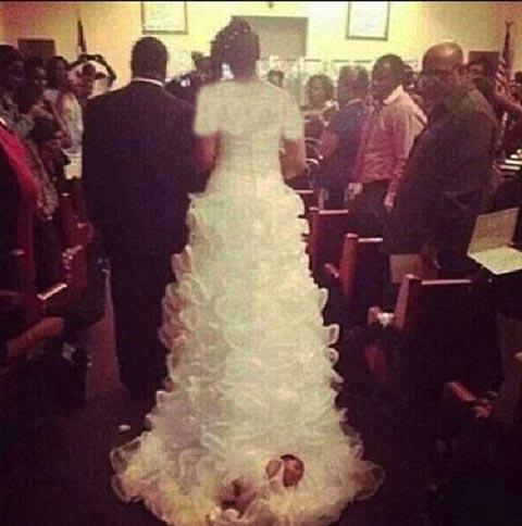 اقدام جنجالی یک عروس خانم! + عکس