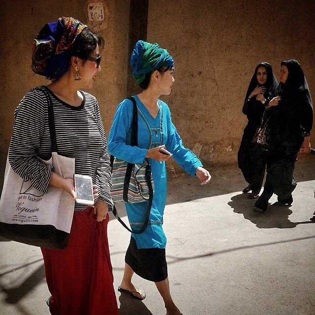 عکس جالب از توریست های چینی در یزد