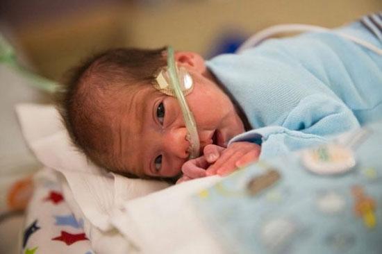 نوزادی که ۲ ماه پس از مرگ مادرش به دنیا آمد! + تصاویر