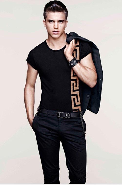 مدل لباس اسپرت مردانه برند Versace