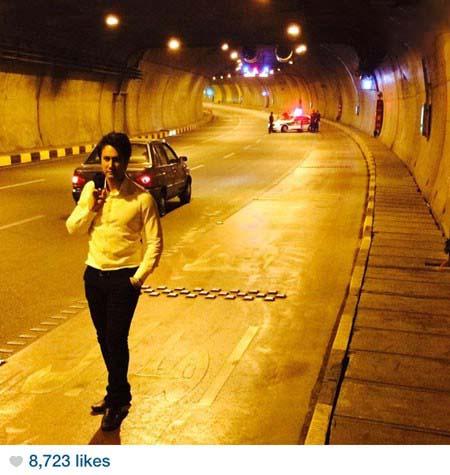 ژست جالب شاهرخ استخری در داخل تونل! / عکس